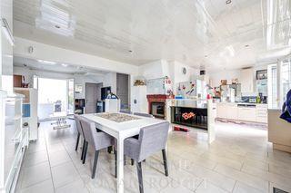 Maison SARTROUVILLE 137 m² ()