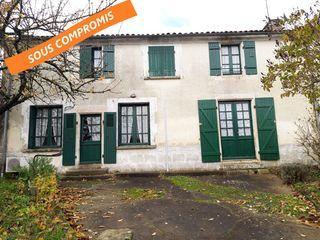 Maison de village LUCON 90 m² ()