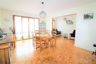 Appartement BELLEY 93 m² ()