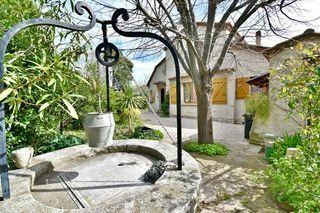 Maison individuelle SAINT CYR SUR MER 105 m² ()