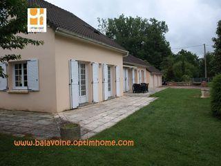 Maison semi plain-pied SAINT PREST 204 m² ()