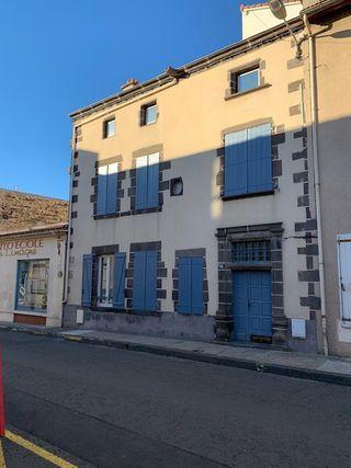 Appartement ancien ENNEZAT 56 m² ()