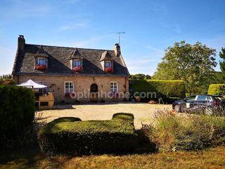Maison en pierre LANRODEC 120 m² ()