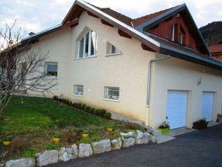 Maison contemporaine CLUSES 185 m² ()