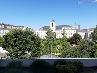 Appartement ANGERS 71 m² ()