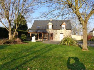 Maison en pierre BILLE 168 m² ()