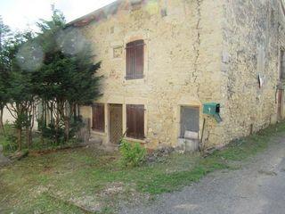 Maison à rénover DRUILLAT 106 m² ()