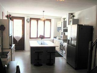 Maison de village MARINGUES 80 m² ()