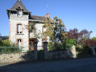 Maison LE GRAND BOURG 130 m² ()