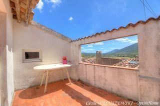 Maison de village SIGNES 76 m² ()