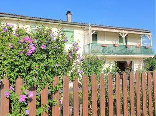 Maison ESTRABLIN 115 m² ()