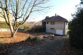 Maison individuelle RILLIEUX LA PAPE 80 m² ()