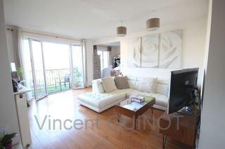 Appartement SAINT GERMAIN EN LAYE 84 m² ()