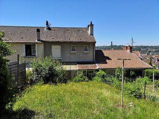 Maison de village PERIGUEUX 99 m² ()