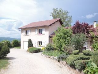 Maison individuelle OUTRIAZ 106 m² ()