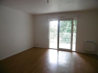 Appartement en résidence LANVOLLON 60 m² ()