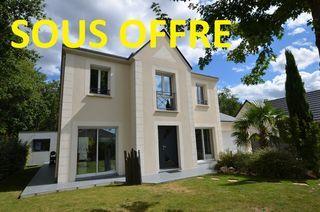 Maison contemporaine TRAINOU 152 m² ()