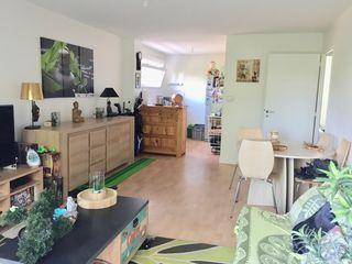 Appartement HENNEBONT 52 m² ()