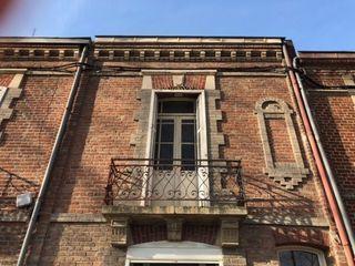 Maison à rénover AMIENS 100 m² ()