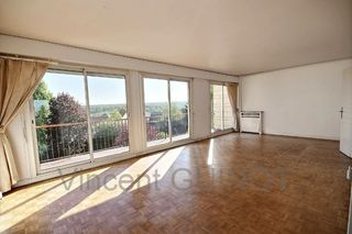 Appartement CHAMBOURCY 86 m² ()