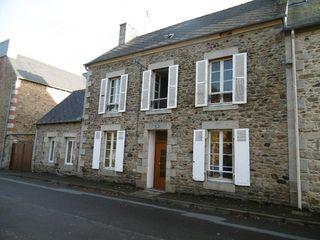 Maison en pierre LANVOLLON 177 m² ()