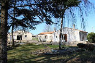 Maison plain-pied COGNAC 99 m² ()