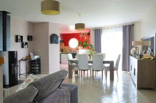 Maison plain-pied SAINT JEAN DE LIVERSAY 130 m² ()