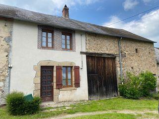 Maison de village BUSSIERE DUNOISE 77 m² ()
