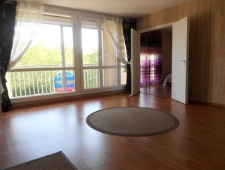 Appartement en résidence NANCY 76 m² ()