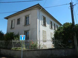 Appartement ancien LUNEVILLE 65 m² ()