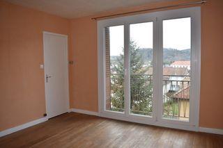 Appartement rénové BAUME LES DAMES 68 m² ()