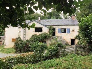 Maison de village LE BEZ 85 m² ()