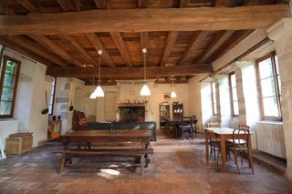 Maison de caractère VEZELAY 355 m² ()