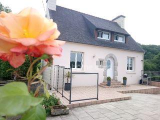 Maison individuelle LANDIVISIAU 87 m² ()