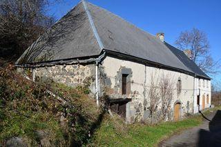 Maison à rénover ROCHEFORT MONTAGNE 135 m² ()