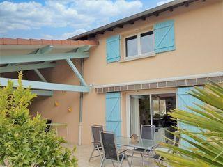Maison AMPUIS 120 m² ()