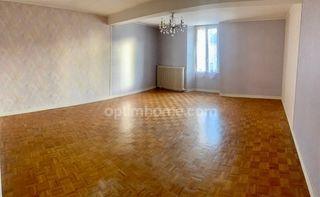 Maison de ville SAINT JULIEN DE VOUVANTES 103 m² ()