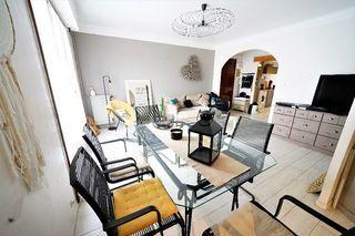 Appartement en résidence DRAGUIGNAN 83 m² ()