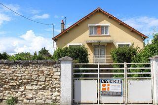 Maison CHATELLERAULT 131 m² ()