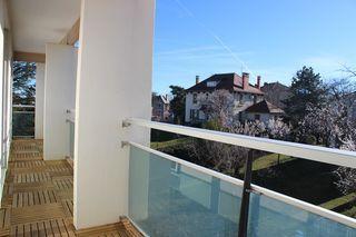 Appartement en résidence CLERMONT FERRAND 77 m² ()