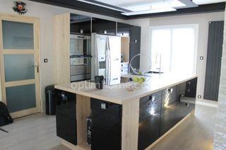 Maison BRIGNOLES 110 m² ()