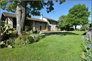 Maison de campagne CASTERA LECTOUROIS 130 m² ()