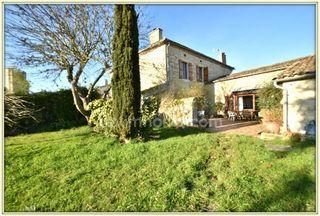 Maison de village LA ROMIEU 140 m² ()