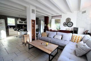 Maison CHAPONNAY 160 m² ()
