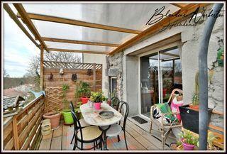 Maison de village DALLET 118 m² ()