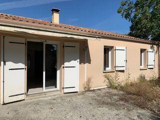 Maison OULMES 100 m² ()