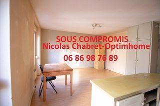 Studio PARIS 20EME arr 23 m² ()