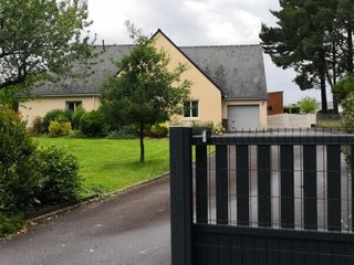 Maison SAINT PERREUX 195 m² ()