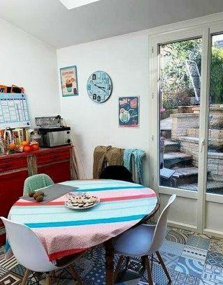 Maison LAVAL 110 m² ()