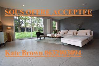 Maison SAINT BONNET DE MURE 160 m² ()